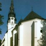 Farský  kostol Nanebovzatia Panny Márie